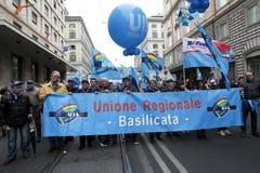 I sindacati italiani dimostrano a Roma fotografie stock libere da diritti
