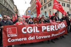 I sindacati italiani dimostrano a Roma immagini stock libere da diritti