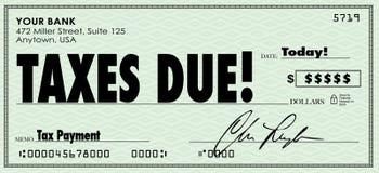 I soldi dovuti del controllo di imposte inviano il reddito di reddito di pagamento Immagini Stock Libere da Diritti