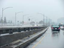 I-10 som är östlig under häftiga regnet Arkivbilder