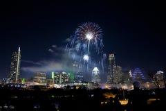 I stadens centrum Austin, Tx fyrverkerier Fotografering för Bildbyråer