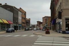 I stadens centrum avsnitt av den lilla Midwest USA staden Arkivfoton