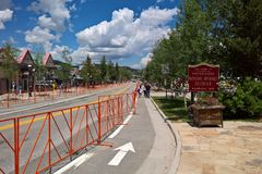 I stadens centrum Breckenridge, Colorado - 4th av Juli Arkivfoton