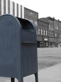 i stadens centrum brevlåda Arkivbild
