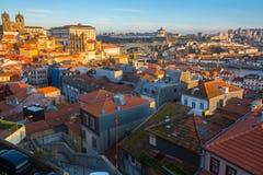 I stadens centrum bästa sikt av gamla Porto Royaltyfria Bilder