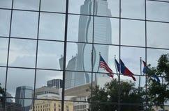 I stadens centrum Dallas reflexion Royaltyfria Foton