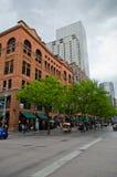 I stadens centrum Denver 16th gatagalleria Arkivfoton