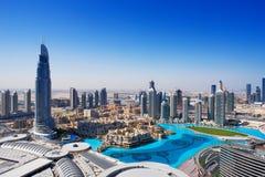 I stadens centrum Dubai är ett populärt ställe för shopping Arkivfoton