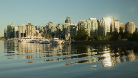 I stadens centrum hamn för Vancouver aftonkol Fotografering för Bildbyråer