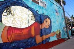I stadens centrum Hollywood vägg- projekt royaltyfria foton