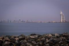 I stadens centrum horisont av Dubai Fotografering för Bildbyråer