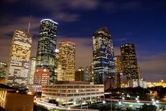 I stadens centrum Houston på natten Arkivfoto
