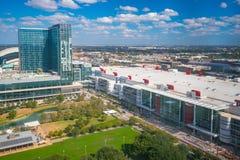 I stadens centrum Houston Skyline Fotografering för Bildbyråer