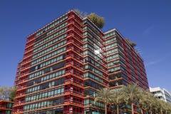 I stadens centrum kontors- och andelsfastighetbyggnader arkivbild