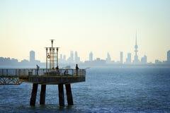 i stadens centrum kuwait horisont Arkivfoton