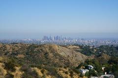 I stadens centrum Los Angeles från Hollywood Hills Arkivfoto