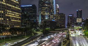 I stadens centrum Los Angeles 4th St-bro arkivfilmer