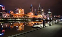 i stadens centrum melbourne natt Royaltyfria Bilder