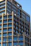 i stadens centrum modernt kontor för byggnad Royaltyfri Foto