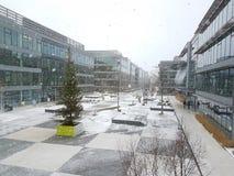 i stadens centrum moscow för byggnadskonstruktion vinter Arkivfoton