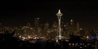 i stadens centrum nattseattle sikt Fotografering för Bildbyråer