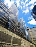 i stadens centrum nya skyskrapor york Royaltyfria Foton