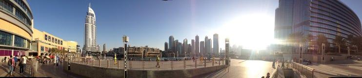 I stadens centrum panorama- Dubai Arkivfoton