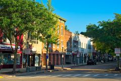 I stadens centrum Peekskill NY gata royaltyfri bild