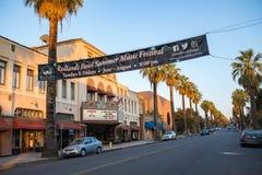 I stadens centrum Redlands i San Bernardino Royaltyfri Bild