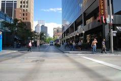 i stadens centrum shopping Royaltyfri Foto
