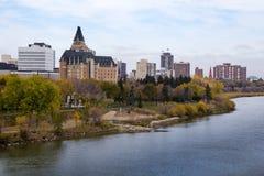I stadens centrum sikt av Saskatoon Royaltyfria Foton
