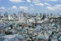 I stadens centrum sikt från himmelbyggnad på den Ho Chi Minh staden Royaltyfri Fotografi