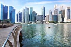 I stadens centrum Singapore från Marina Bay Arkivbild