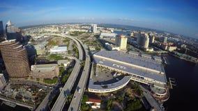 I stadens centrum Tampa Florida flyg- video 4k