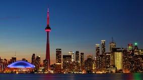 I stadens centrum Toronto, Kanada centrum på solnedgången Arkivbild