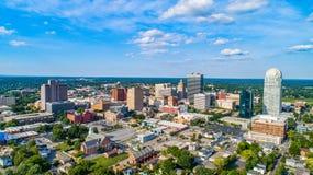 I stadens centrum Winston-Salem North Carolina NC horisontantenn arkivfoton