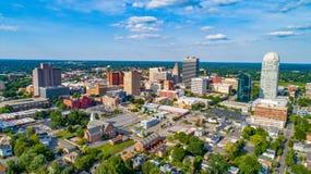 I stadens centrum Winston-Salem, North Carolina, USA royaltyfri foto