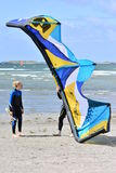 I surfisti dell'aquilone imparano all'aquilone Fotografie Stock
