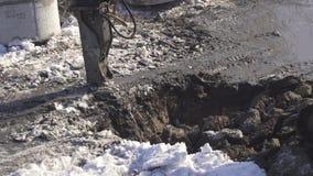 I tagli idraulici dell'interruttore congelati sporcano il video di riserva del metraggio stock footage