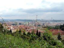 I tetti di rosso di Praga Fotografie Stock