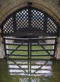 I traditori Gate alla torre di Londra Immagini Stock