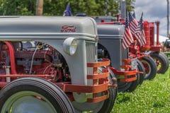 I trattori visualizzano a fastival locale fotografia stock