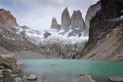 I tre Torres in parco nazionale di Torres del Paine, Cile Fotografia Stock