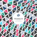 I triangoli astratti modellano il retro stile di colore su fondo bianco illustrazione vettoriale