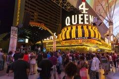 I turisti godono dei concerti liberi a Las Vegas, il 21 giugno 2013. Fotografia Stock Libera da Diritti