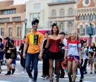 I turisti sono compensano lo studio universale Giappone del partito di Halloween Fotografia Stock Libera da Diritti