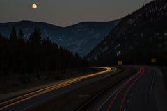 I-70 under en fullmåne Royaltyfri Fotografi