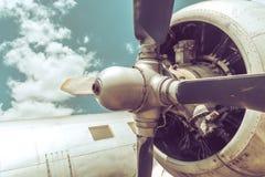 I vecchi aerei si chiudono su Immagini Stock