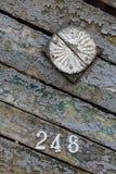 I vecchi portoni di legno nel villaggio Fotografia Stock Libera da Diritti