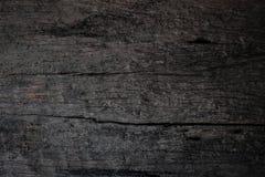 I vecchi precedenti di legno scuri di struttura con i modelli naturali fotografia stock